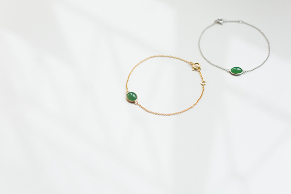 Jade bracelets | minimal jewelry photographer Hong Kong