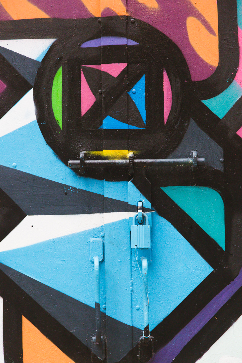 Details on Rukkit geometric fox mural – Photo by Tracy Wong for Home Journal