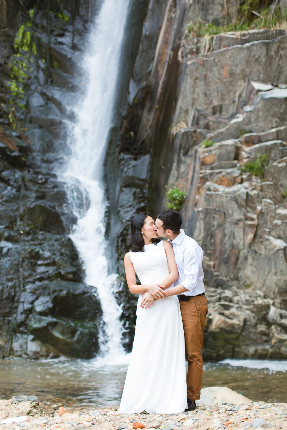 Pokfulam Waterfall – Engagement portraits location