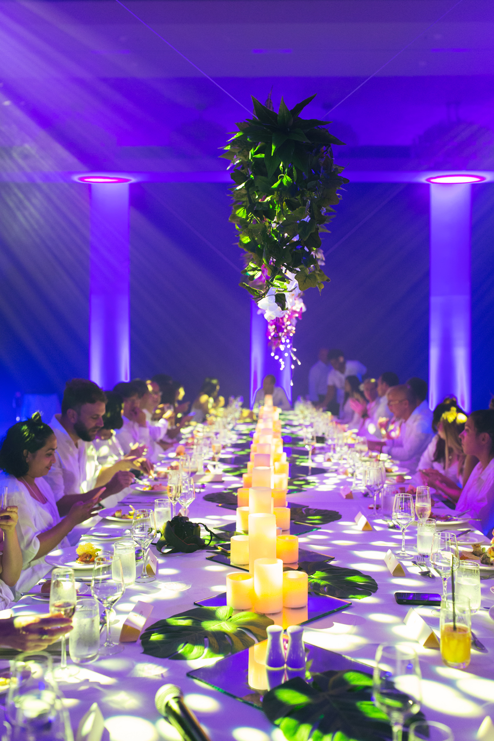 Elegant feast at Fiji Marriott Momi Bay – event and lifestyle photographer Asia