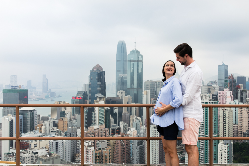 Hong Kong maternity portraits on a rooftop | Tracy Wong Photography