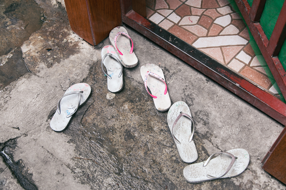 Home Slippers | Street Photography by Tracy Wong