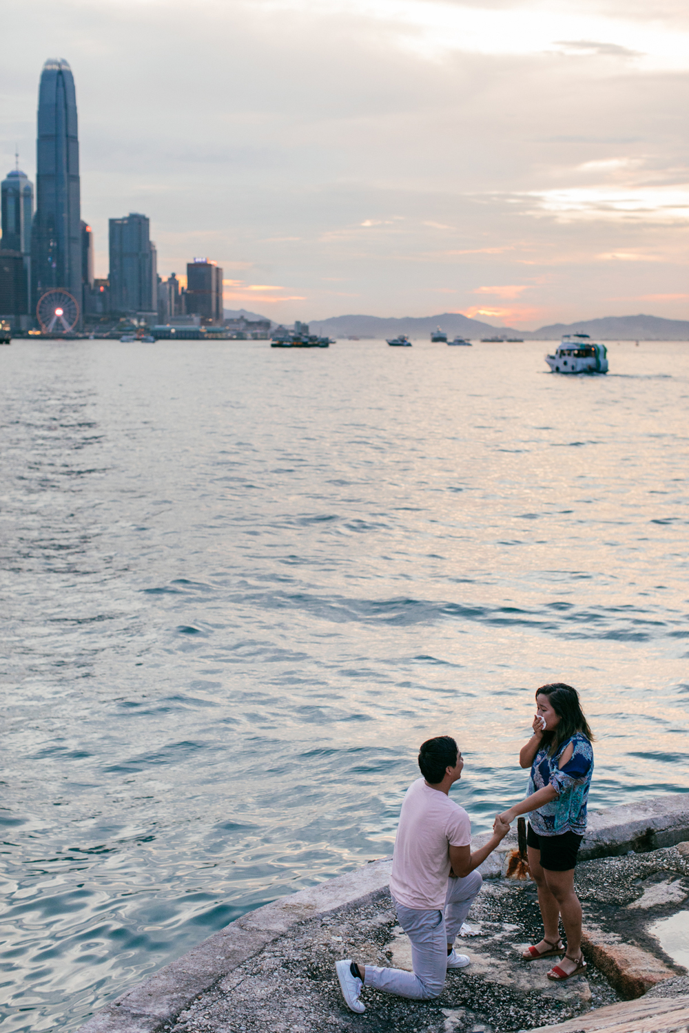 Sunset proposal Hong Kong | The moment he popped the question | photo by Tracy Wong