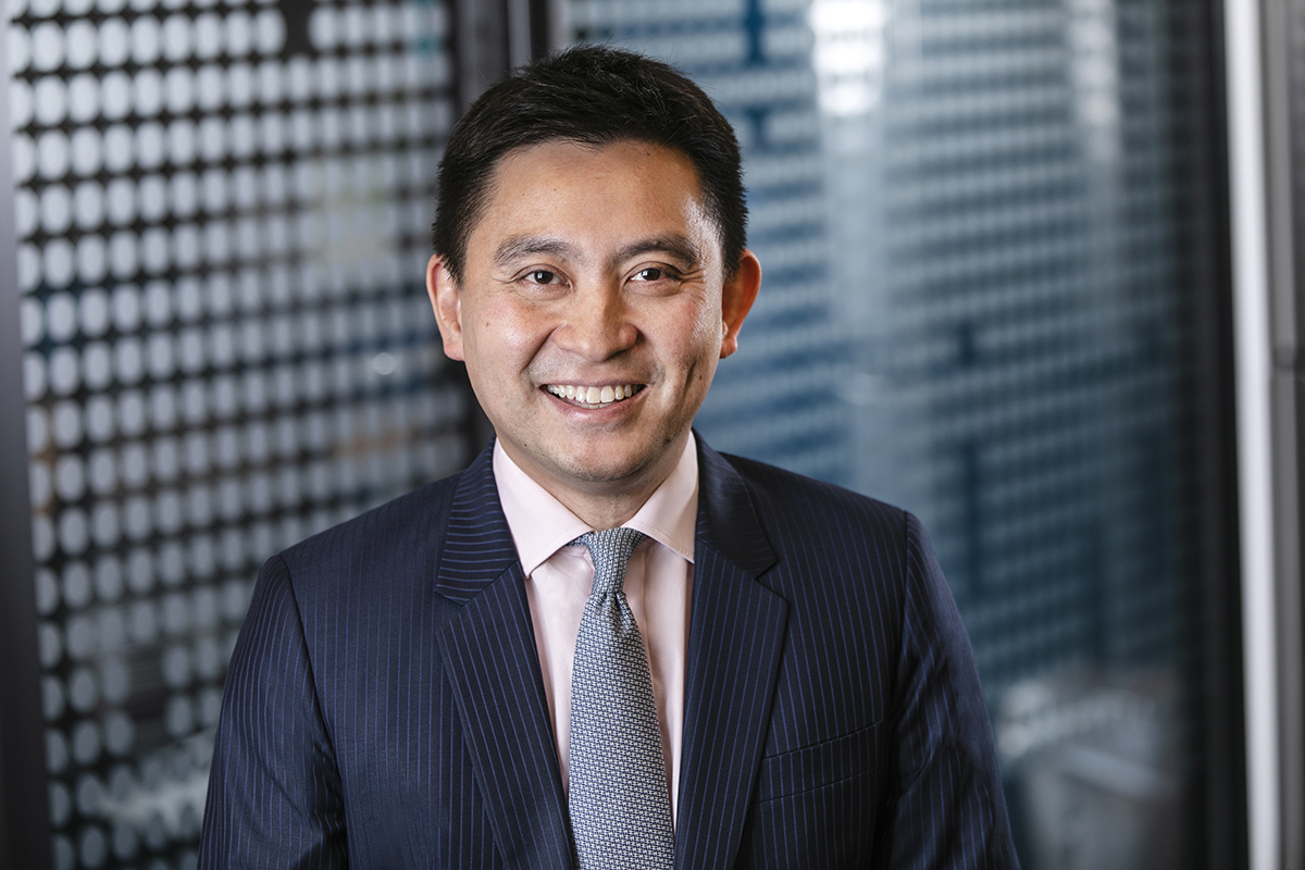 Hong Kong corporate headshots | For Trading Screens | Office Portraits
